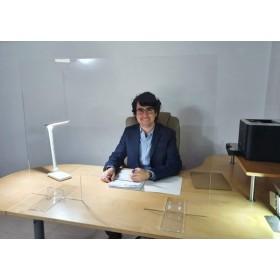 Mampara anticontagio para escritorio