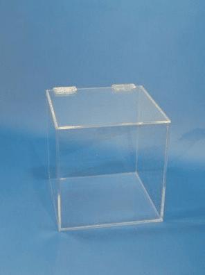 caja de metacrilato con tapa y bisagras a medida
